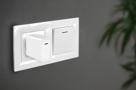 Chargeur secteur rapide USB-C 20W blanc