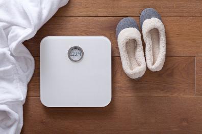 Balance Wi-Fi intelligente Fitbit Aria blanche